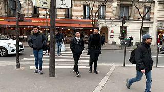 «من ویروس نیستم»: واکنش شهروندان آسیاییتبار فرانسه به نژادپرستی در پی شیوع کرونا ویروس