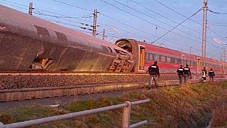 Ιταλία: Τουλάχιστον δύο νεκροί και δεκάδες τραυματίες σε εκτροχιασμό τρένου