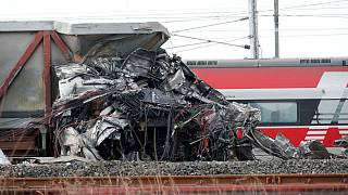 Kisiklott egy vonat Olaszországban, ketten meghaltak