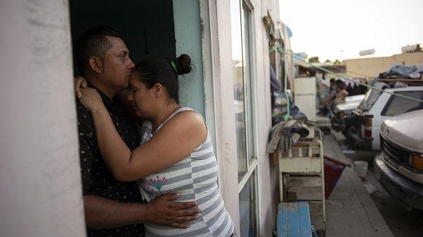 صدها السالوادوری پس از اخراج از آمریکا کشته شدند یا مورد آزار قرار گرفتند