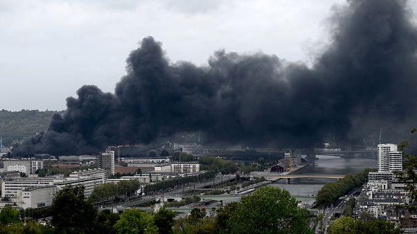 Fransa'da kimya fabrikası