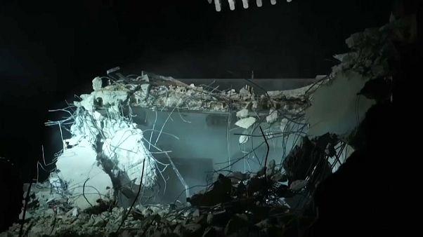 الجيش الإسرائيلي يقتل فلسطينياً في جنين ويهدم منزلا لأسير في نابلس بالضفة الغربية