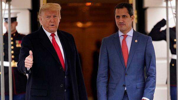 Trump da un discreto espaldarazo a Guaidó y planea más medidas contra Maduro