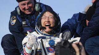 Drei RaumfahrerInnen von der ISS zurück auf der Erde