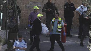 القوات الإسرائيلية تقتل شابا فلسطينيا في محيط المسجد الأقصى بالقدس