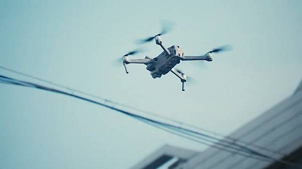 Video | Koronavirüs salgını: Çin polisi halkı hastalığa karşı drone ile uyarıyor