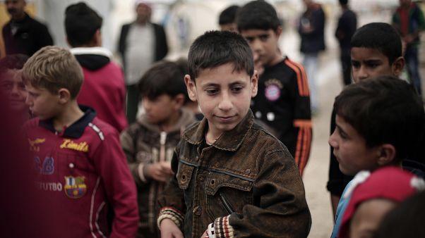شاهد: أكراد سوريا يسلمون روسيا أطفالاً من عائلات مقاتلي داعش