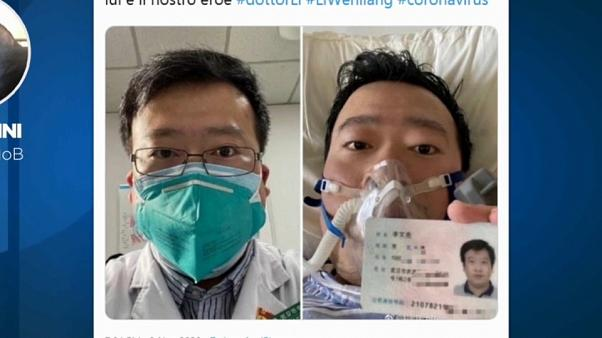 Meghalt a koronavírusra figyelmeztető orvos
