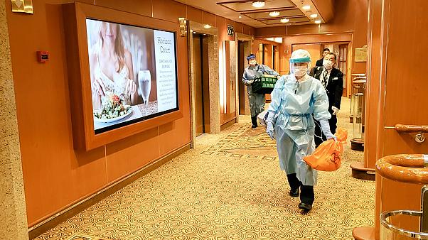 Coronavírus: Confirmados mais 41 novos casos em cruzeiro de quarentena no Japão
