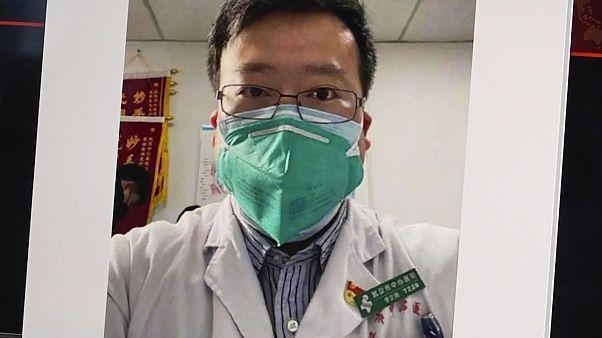 Koronavirüsü ilk tespit eden ve uyarıda bulunan Çinli doktorun ölümüyle ilgili soruşturma başlatıldı