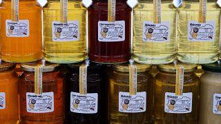 Nem veszik a magyar mézet Nyugaton