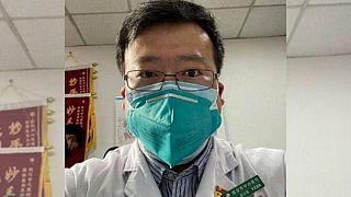 لی ونلیانگ، پزشک چینی افشاگر کرونا که خود بر اثر ابتلا به کرونا درگذشت