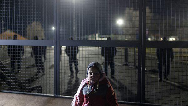 Σερβία- Ουγγαρία: Διαδήλωση μεταναστών με αίτημα να ανοίξουν τα σύνορα
