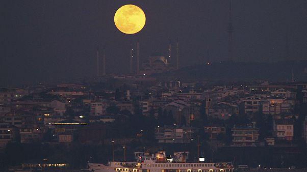 İstanbul'da Süper Ay