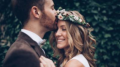 Wedding trends 2020: Lab-grown rings and makeup-free brides