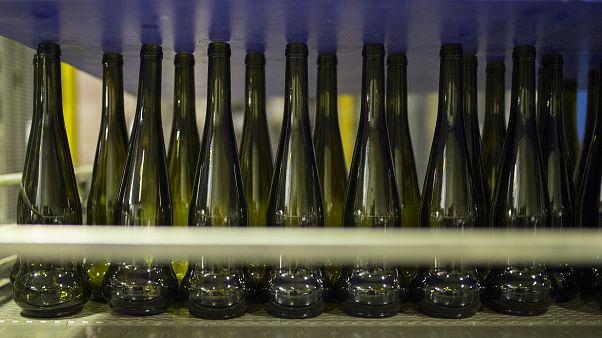 مبيعات النبيذ الفرنسي للولايات المتحدة تنخفض إلى النصف بسبب ضرائب ترامب