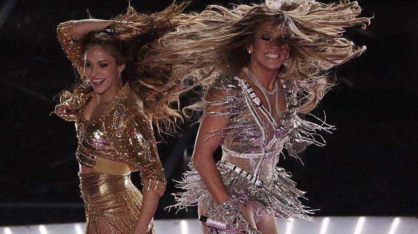 'Cehennemden korkan' Hristiyan, Shakira ve Lopez'in seksi danslarından dolayı NFL'ye dava açacak