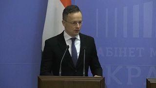 Kompromisszumos megoldást javasolt az ukrajnai magyar nyelvű oktatás megőrzésére Szijjártó Péter