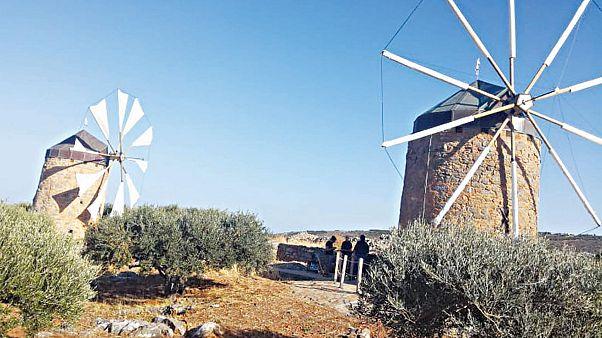 Κρήτη: Οι παλιοί μύλοι που «ζωντάνεψαν» από ένα ζευγάρι Αυστριακών