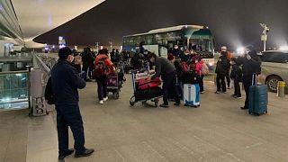 Luftwaffe fliegt Brasilianer und Polen aus Wuhan aus