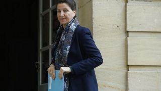 La ministre française de la Santé, Agnès Buzyn, arrive à une réunion, à l'hôtel Matignon, à Paris le 8 février 2020.