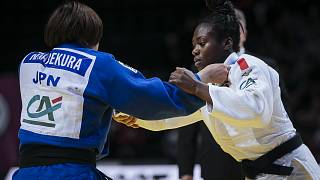 بطلة العالم  الفرنسية أغبينينو تفوز على غريمتها اليابانية نامي وتتوج بالذهب في بطولة غراند سلام