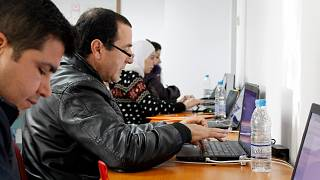 Humans in The Loop: Ψηφιακή απασχόληση σε πρόσφυγες και ευάλωτους