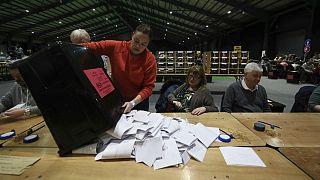 آشفتگی سیاسی در پی انتخابات پارلمانی ایرلند؛ آرای نزدیک سه حزب اصلی
