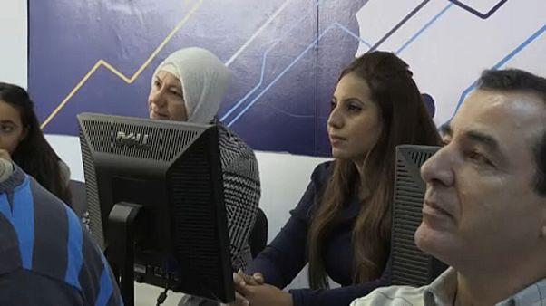 A neten foglalkoztat menekülteket egy bolgár cég