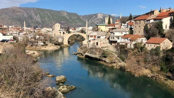 Bosnia-Herzegovina lucha por curar las heridas que provocó la guerra