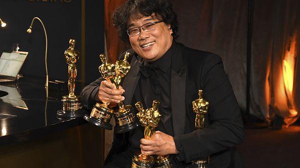 """""""باراسايت"""" فيلم كوري جنوبي يدخل تاريخ الفن السابع و يحصد جوائز الأوسكار"""