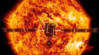 Solar Orbiter vor der Sonne, Symbolbild