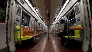 Üres pekingi metrókocsi