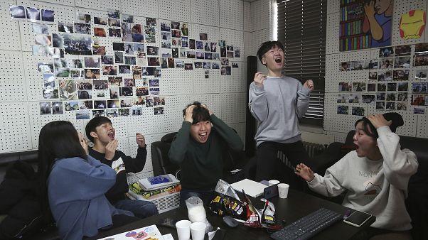 Büszkék a koreaiak első Oscar-díjas filmjükre, a Parazitákra