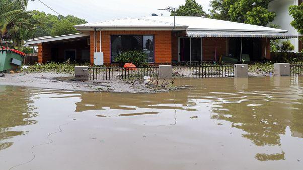 Пожары в Австралии сменились наводнениями