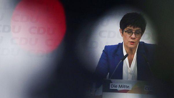 En Allemagne, le retrait de la cheffe de la CDU est un coup dur pour les conservateurs