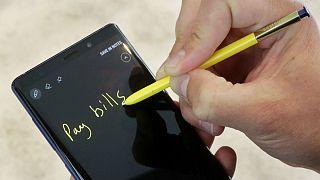 سامسونگ ارايه خدمات پولی به گوشیهای هوشمند فعال در ایران را متوقف میکند