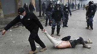 درگیری بین معترضان و نیروهای امنیتی لبنان؛ دولت حسان دیاب رای اعتماد گرفت