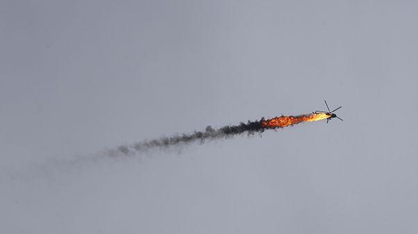 إسقاط مروحية تابعة للحكومة السورية بصاروخ في محافظة إدلب، سوريا 11 فبراير ، 2020.