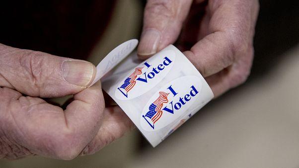 Αυτοκόλλητο «Ψήφισα» στο Νέο Χαμσάιρ