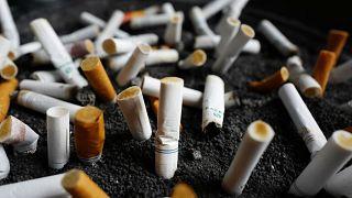 En Espagne, rester à son poste ou badger pour fumer, il faudra choisir