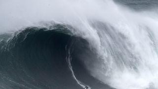 Surf : à Nazaré, Bothelo grièvement blessé, Lenny et Dupont titrés