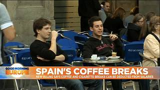 Should Spanish workers have pay deducted for coffee and cigarette breaks?