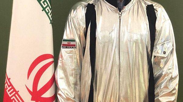 عکس توییتری لباس هالووین به جای لباس فضانوردی ایران؛ جهرمی عذرخواهی کرد