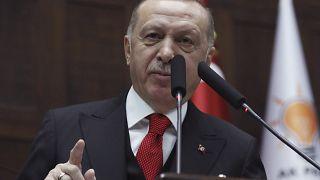 """دمشق تصف إردوغان بأنّه """"منفصل عن الواقع"""" بعد تهديداته لقواتها"""