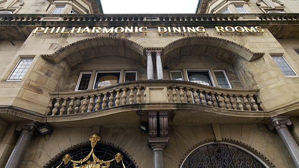 """حانة """"فيلارمونيك داينينغ رومز"""" في ليفربول"""