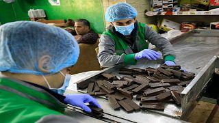 مصانع تحاول الإستمرار في غزة رغم الحصار الإسرائيلي