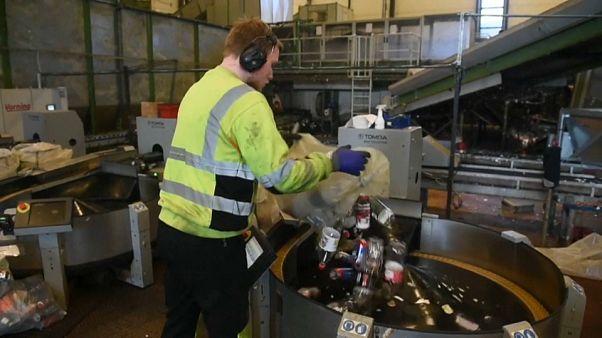 مصنع لتدوير البلاستيك في النرويج.