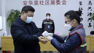 Coronavirus : le président chinois Xi Jinping s'est rendu au centre de santé de Pékin, le 10 février 2020