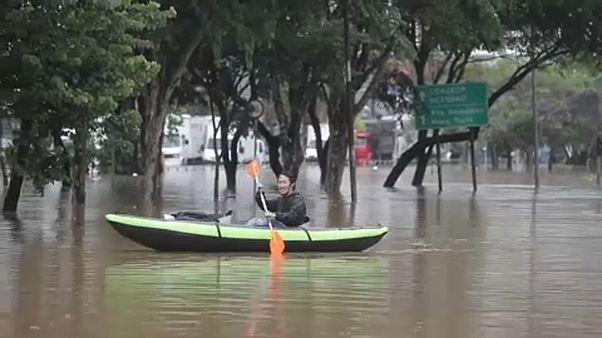 Brasile: forti alluvioni paralizzano San Paolo